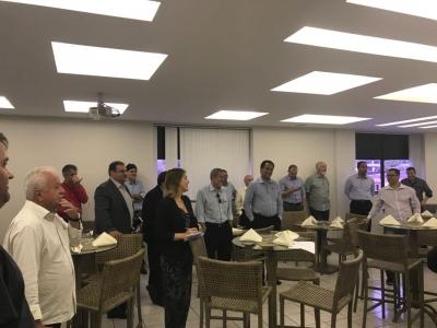 Vice-presidente do Setcergs marca presença no Almoço Executivo do Transcares