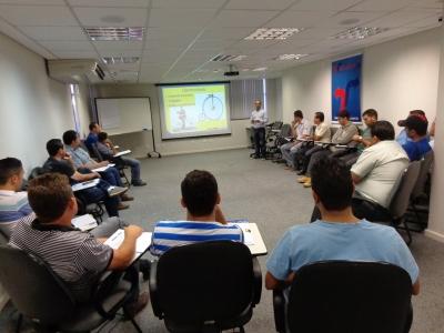 Profissionais do TRC voltam à sala para debater sobre gestão de pneus