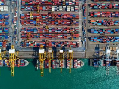 Decreto que moderniza marco regulatório dos portos é assinado em Brasília