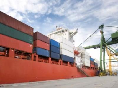 Movimentação de cargas nos portos cresce 3,9% de janeiro a julho, mostra painel CNT do transporte