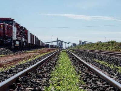 Escoamento de grãos por ferrovias deve crescer em 2018