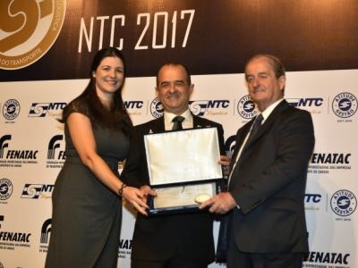 Liemar Pretti recebe da NTC a Medalha de Mérito do Transporte