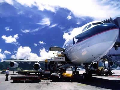 Cargas aéreas internacionais crescem 12% na primeira metade do ano