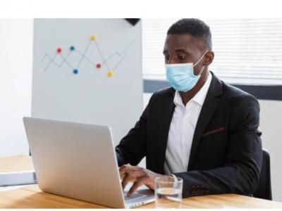 Saúde revoga norma e covid-19 deixa de ser doença do trabalho
