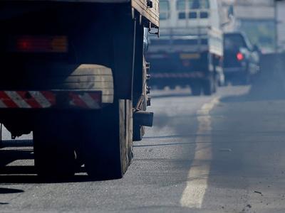 Alckmin prepara inspeção veicular da frota de diesel a partir de 2018