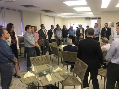 Projetos e obras rodoviárias apresentados no Almoço Executivo