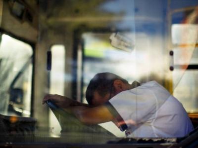 Renovias apoia campanha de alerta para riscos de dirigir com sono