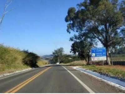 Rodovias estaduais de MG 'se preparam' para evitar acidentes nas chuvas