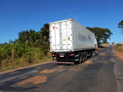 Rodovias ruins aumentam consumo de diesel e geram prejuízo de R$ 2,3 bi